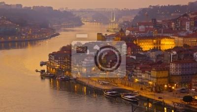 Fototapete Altstadt von Porto am Sonnenuntergang, Portugal