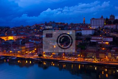 Fototapete Altstadt von Porto in der Nacht, Portugal