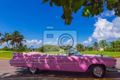 Amerikanischer Kühlschrank Rosa : Amerikanischer rosa cadillac cabriolet oldtimer in varadero kuba