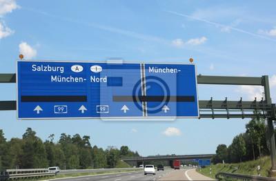 Anfahrt Auf Der Autobahn Nach Innsbruck In österreich Fototapete