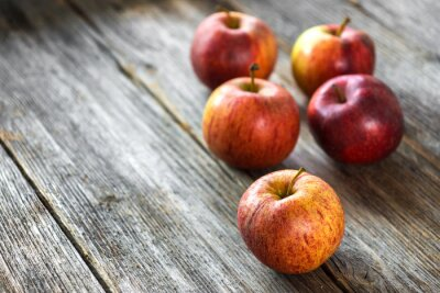 Fototapete Äpfel auf Holzuntergrund