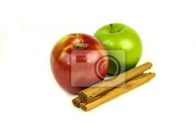 Äpfel und Zimt würzen