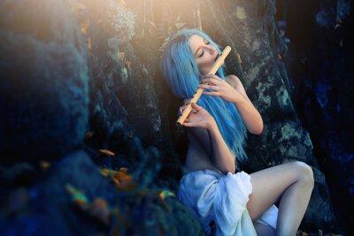 Fototapete Ätherische Kreatur des Waldes Flöte spielen