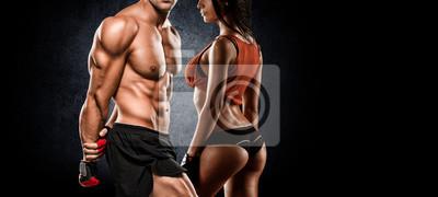 Fototapete Athletische Paar posiert für die Kamera