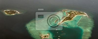 Atoll auf den Malediven, aus dem Flugzeug zu sehen