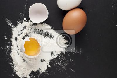 Backen Kuchen Zutaten Schussel Mehl Eier Eiweisse Schaumen