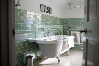 Badezimmer des zeitgenössischen einfamilienhauses fototapete ...