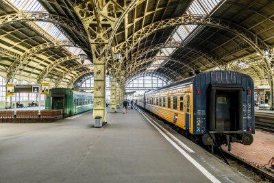 Fototapete Bahnsteige am Bahnhof Witebsk.Saint-Petersburg.