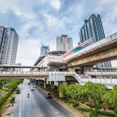 Fototapete Bangkok metro station in der dämmerung