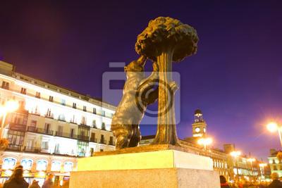 Fototapete Bär mit Erdbeerbaum - Symbol von Madrid, Spanien