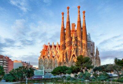 Fototapete BARCELONA, SPANIEN - 10. FEBRUAR: La Sagrada Familia - die beeindrucken