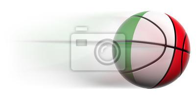Basketball Ball mit der Flagge von Italien in Bewegung isoliert