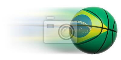 Basketball Ball mit Flagge von Brasilien in Bewegung isoliert