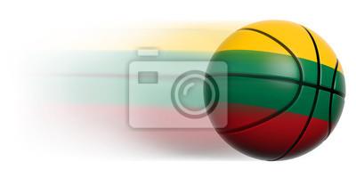 Basketball Ball mit Flagge von Litauen in Bewegung isoliert
