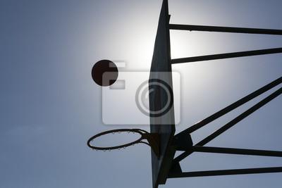 Basketball Gericht Ring Board gegen den Himmel