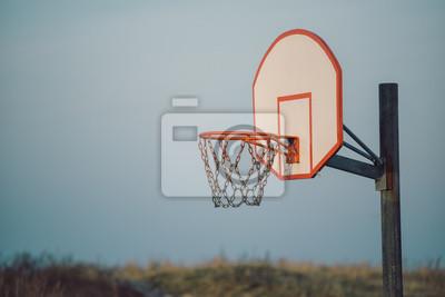 Basketballkorb für sportliche Aktivitäten im Freien