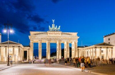 Fototapete Berlin - AUGUST 4, 2013: Brandenburg Gate on August 4 in Germany