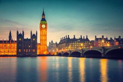 Fototapete Big Ben und Westminster Brücke in der Dämmerung in London