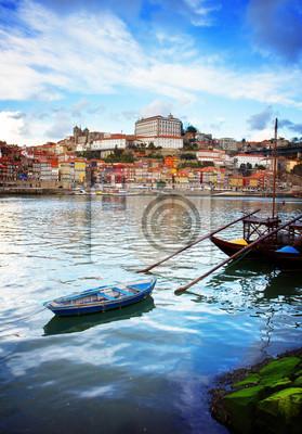 Fototapete Bischofspalast und Rabelo Boote, Porto