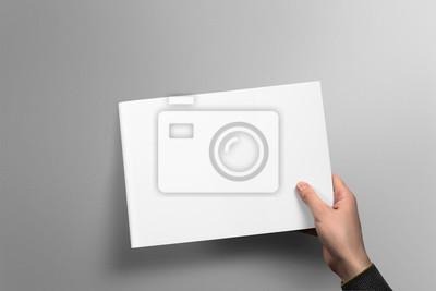 Blank horizontale broschüre mockup auf hellgrauem hintergrund ...
