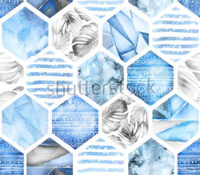 Fototapete blaues geometrisches nahtloses Muster auf weißem Hintergrund. Abstraktes Aquarellhexagon mit Monstera-Blättern, Streifen. Grunge Textur. Handgemalte Sommerillustration. Marinestil