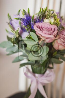 the best attitude 92ac3 3ec1f Fototapete: Brautzubehör. schöner strauß lila und rosa blüten mit eukalyptus
