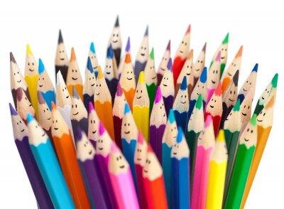 Fototapete Bunte Bleistifte als lächelnde Gesichter Menschen isoliert. Soziale Vernetzung