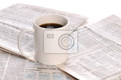 Businesspapers und Tasse Kaffee