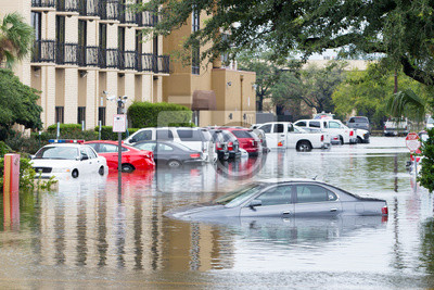 Fototapete Cars submerged  in Houston, Texas, US during hurricane Harvey. Water could enter the engine, transmission parts or other places. Disaster Motor Vehicle Insurance Claim Themed. Severe weather concept