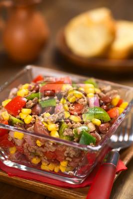 Chili Con Carne Salat Aus Hackfleisch Rote Bohnen Paprika