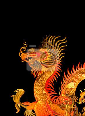 Chinesischen Stil Drache Statue auf schwarzem Hintergrund isoliert.