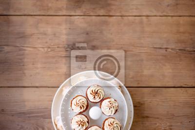 Close Up Kleine Kuchen Mit Vanille Creme Studioaufnahme