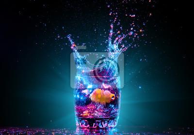 Fototapete Cocktail im Glas mit Spritzer