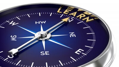 Fototapete Compass made of metal and blue color. needle pointing to the golden learn word. Marketing concept. 3D illustration