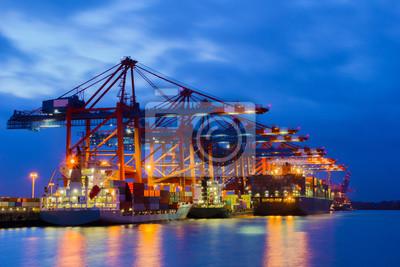 Container zur blauen Stunde