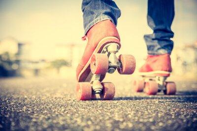 Fototapete Cool man wearing roller skating shoes