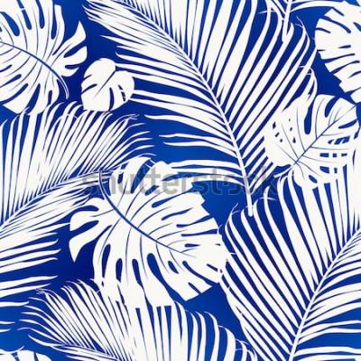 Fototapete Das nahtlose Wiederholen des Musters mit weißen Schattenbildern der Palme verlässt auf blauem Hintergrund.