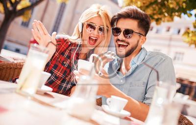 Seltsame Dating-Sims