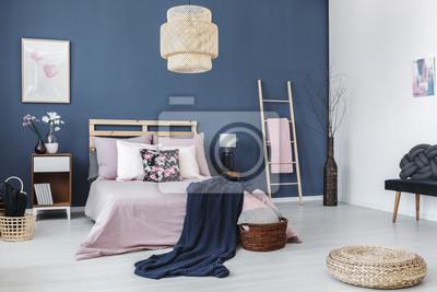 Fototapete: Designed stuhl in pastell schlafzimmer