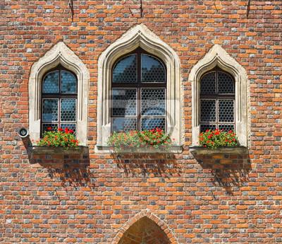 Fototapete Details Der Gotischen Architektur. Schöne Fenster.