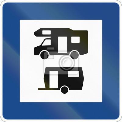 Deutsches Informationsschild über Service - Wohnwagen- und Anhängerstandort