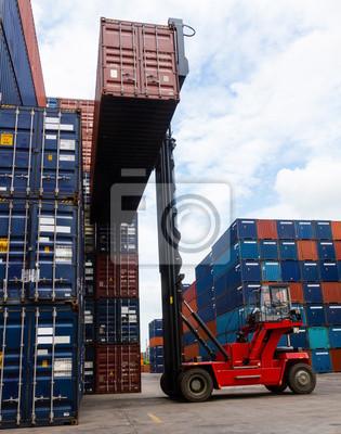Deutschlands größter Fahrzeugmarkt Handhabung der Container-Box