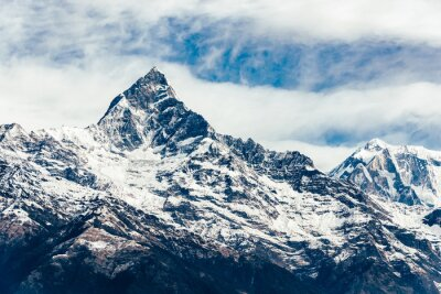 Fototapete Die Machhapuchhre (Fischschwanz) in der Annapurna Region, Nepal. Filmemulationsfilter angewendet.