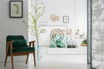 Dunkelgrünen stuhl im schlafzimmer fototapete • fototapeten ...