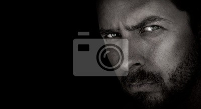Fototapete Dunkle Porträt Angst Mann mit bösen Augen