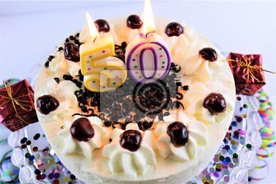 Ein Bild Von Einem Geburtstagskuchen Mit Kerze 50 Fototapete