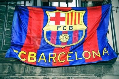 ein fc barcelona flagge hangt an einem balkon fototapete fototapeten barca blau enthusiasten myloview de fototapete ein fc barcelona flagge hangt an einem balkon