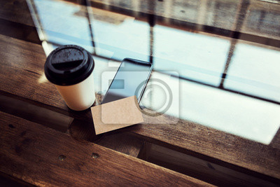 Eine Leere Kraftpapier Visitenkarte Mockup Holz Table Take