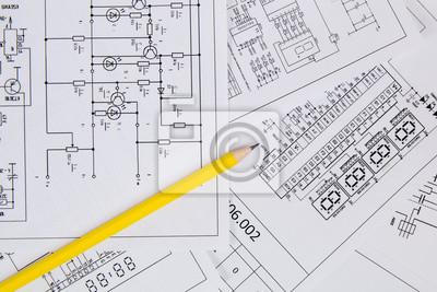 Elektronik und technik. bleistift auf gedruckten zeichnungen ...