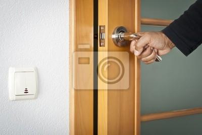 Eröffnung Tür